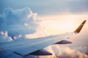 dolor-espalda-avion-viajar-tantae-quiropractica.jpg